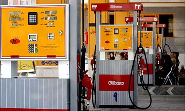 هیچ پمپ بنزینی در کشور تعطیل نشده است؛  سهمیههای بنزین نمیسوزد!